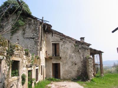 Rudere, Contrà Grumo in località Cereda, Comune di Cornedo Vicentino (VI)
